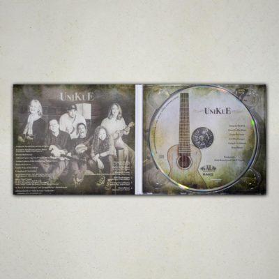 Unikue (Signed Digipack CD)